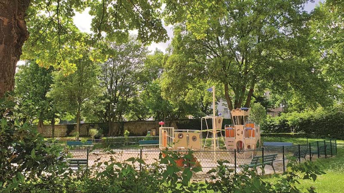 'Chỗ chơi' nơi đô thị: Sân chơi cho trẻ, từ hình khối đến sắc màu -8