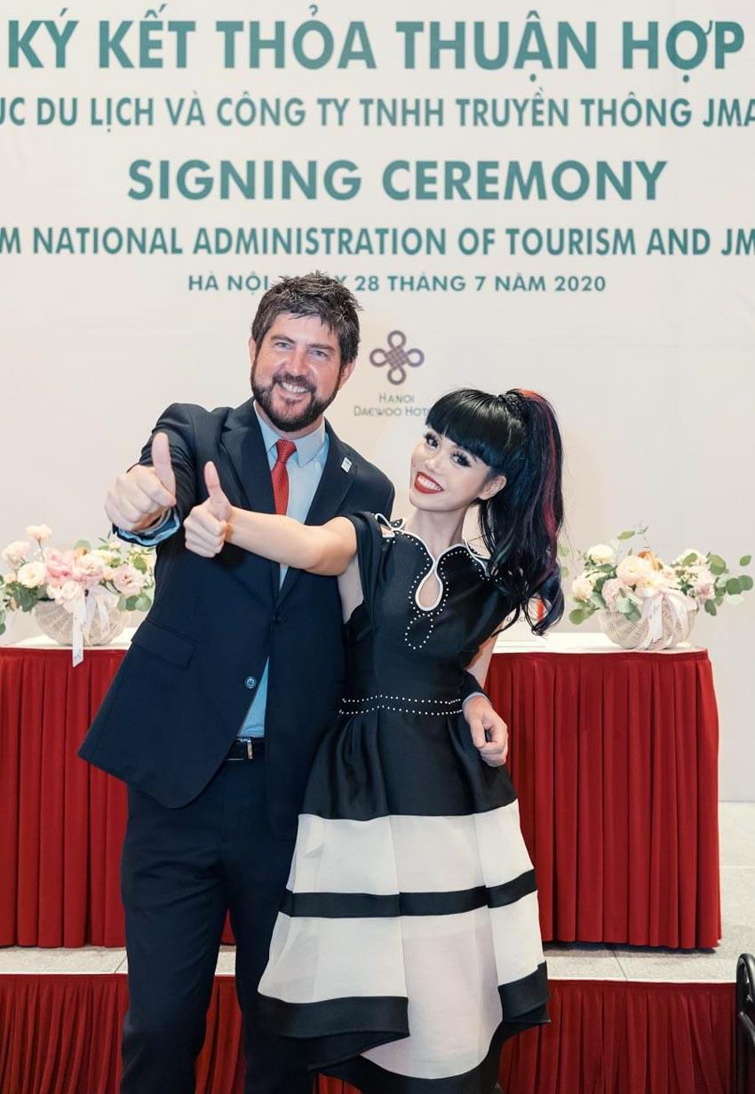 Siêu mẫu quốc tế Jessica Minh Anh sẽ quảng bá du lịch Việt Nam -1