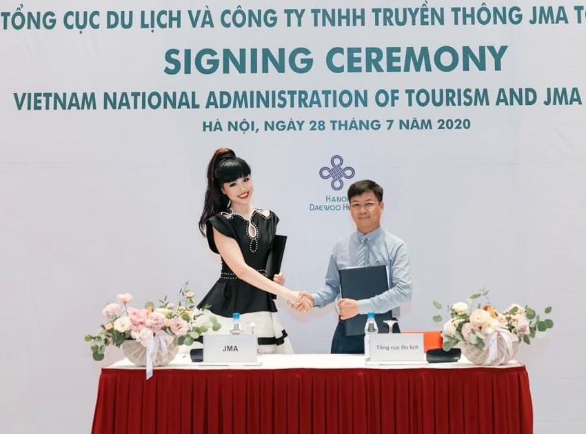 Siêu mẫu quốc tế Jessica Minh Anh sẽ quảng bá du lịch Việt Nam -2
