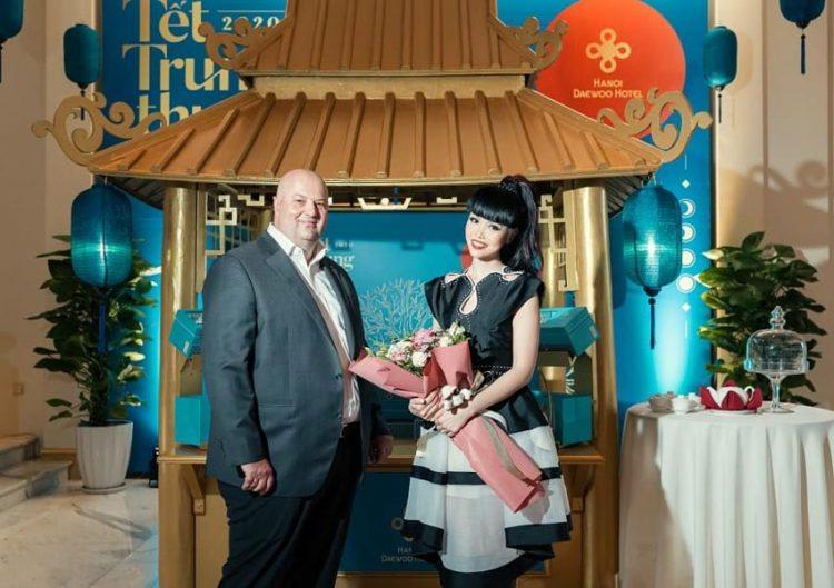 Siêu mẫu quốc tế Jessica Minh Anh sẽ quảng bá du lịch Việt Nam -3