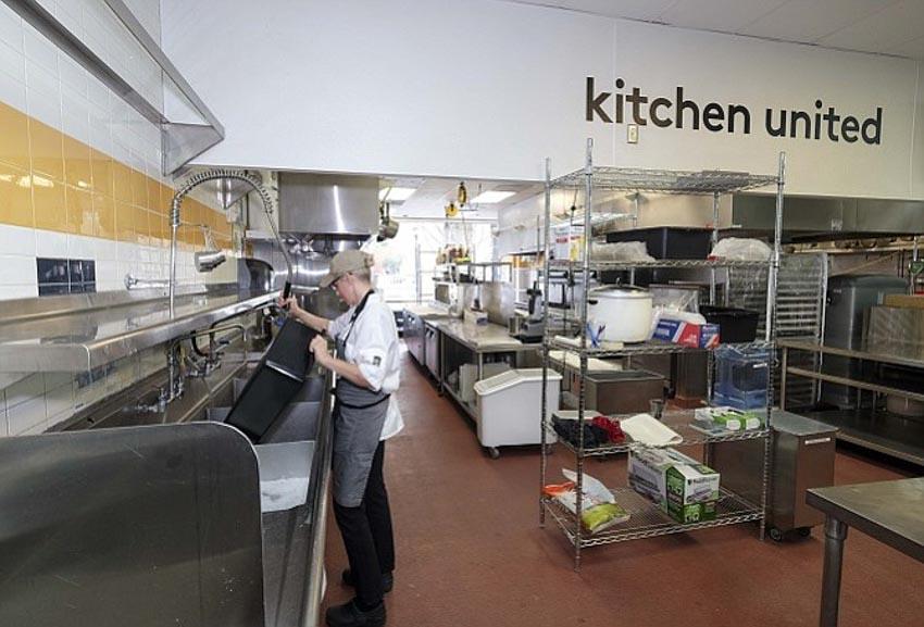 Sự trỗi dậy của 'nhà hàng ảo' và 'nhà bếp ma' -12