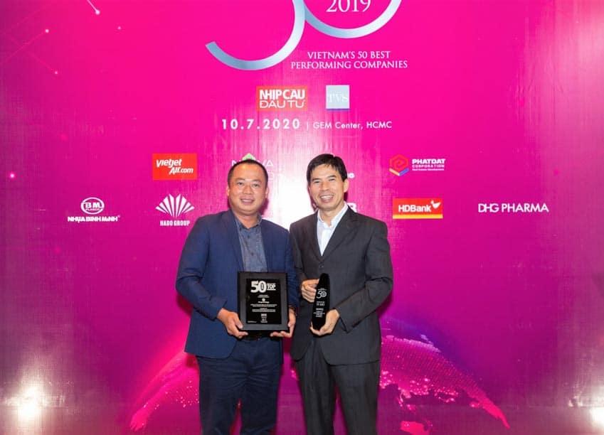 Thế Giới Di Động lần thứ 4 thống trị TOP 50 công ty kinh doanh hiệu quả nhất Việt Nam -2