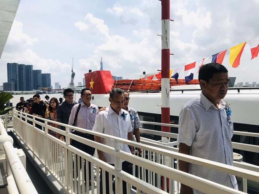 Người dân trải nghiệm tour du lịch mới dọc sông Sài Gòn -2