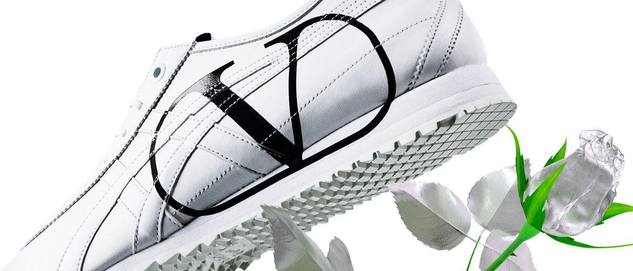 Valentino Garavani và Onitsuka Tiger tung mẫu giày kết hợp đặc biệt thuộc BST nam Thu Đông 2020 - 08
