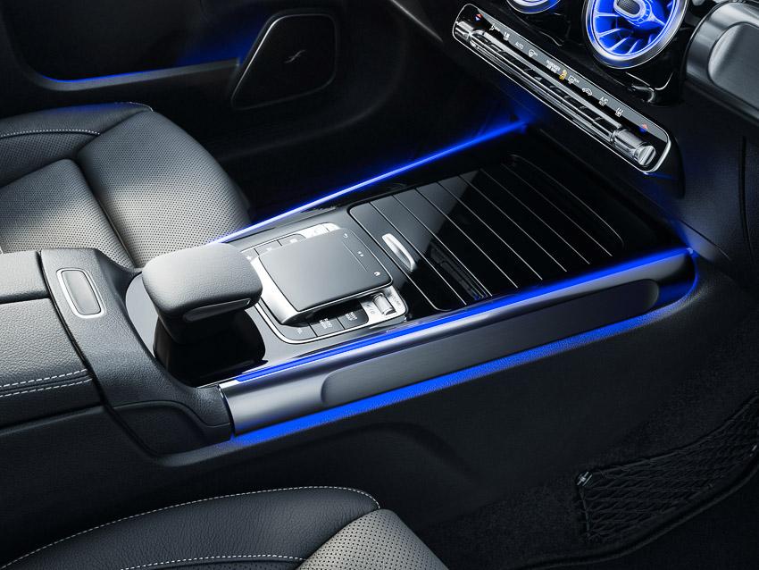 Mercedes-Benz Việt Nam ra mắt GLB 200 AMG, cá tính khác biệt với 7 chỗ ngồi - 5