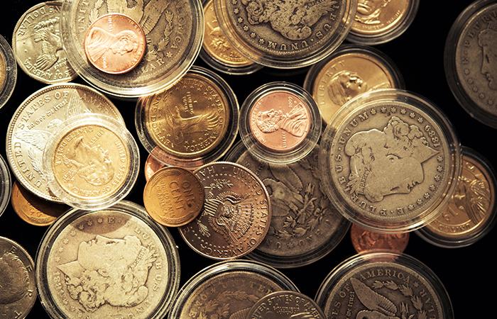Thú vị tiền xu nhỏ và lớn nhất thế giới