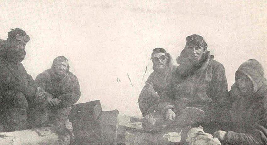 10 câu chuyện khó tin về việc sinh tồn ở Bắc Cực -4
