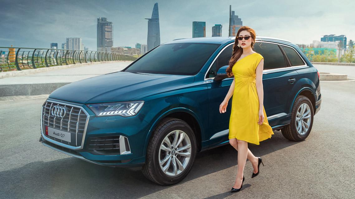 Á hậu Dương Tú Anh rực rỡ bên Audi Q7 vừa ra mắt tại Việt Nam - 2