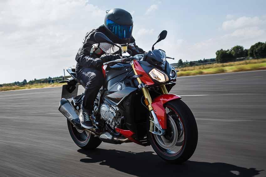 BMW Motorrad công bố giá mới giảm gần 100 triệu cho xe phân khối lớn - 2