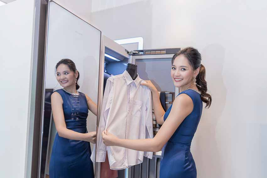 Samsung ra mắt tủ chăm sóc quần áo thông minh AirDresser - 1