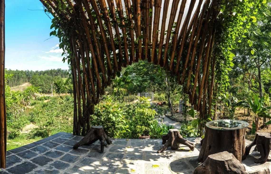 Cuộc sống tiên cảnh tại ngôi nhà bên sườn đồi ở Đà Nẵng -11
