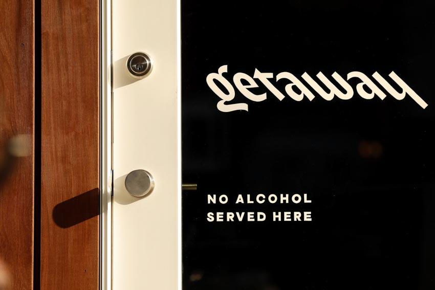 Trào lưu kinh doanh quán bar không bia rượu -8