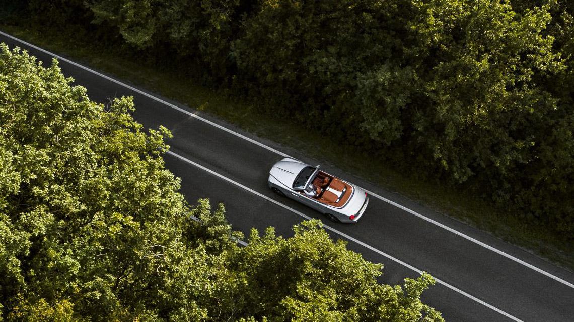 Rolls-Royce Dawn Silver Bullet phiên bản giới hạn 50 chiếc trên toàn cầu - 9