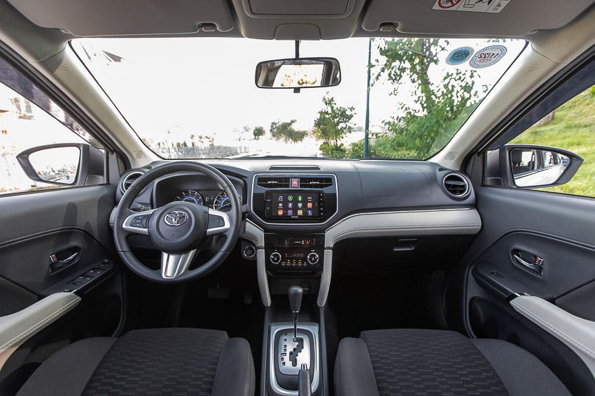 Toyota Rush được giảm giá để cạnh tranh với Suzuki XL7 - 2