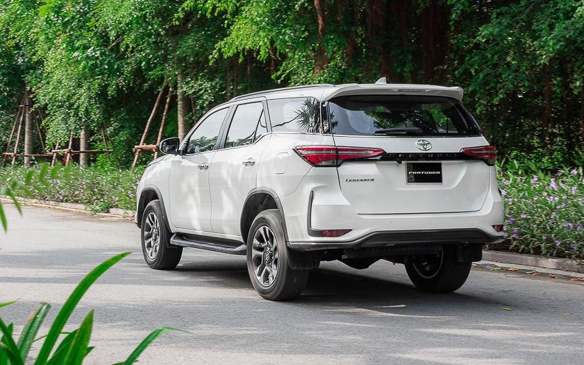 Toyota Fortuner Legender 2020 có giá 1,434 tỉ đồng tại Việt Nam - 36
