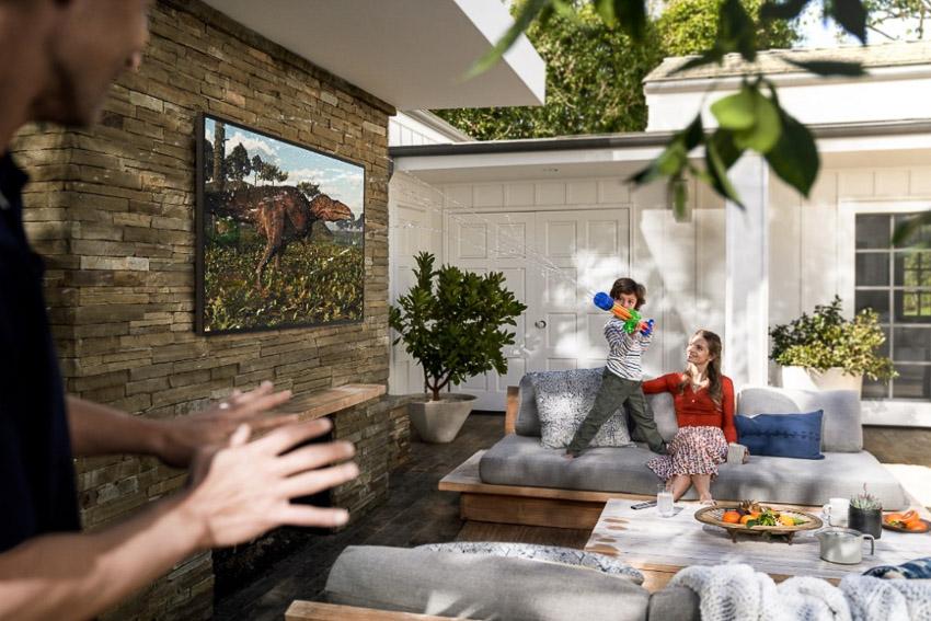 Samsung ra mắt The Terrace – TV QLED ngoài trời đầu tiên trên thế giới tại thị trường Việt Nam - 3