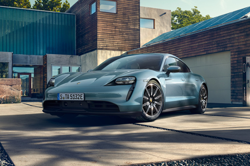Porsche Taycan xe thuần điện có giá từ 5,72 tỷ đồng tại Việt Nam