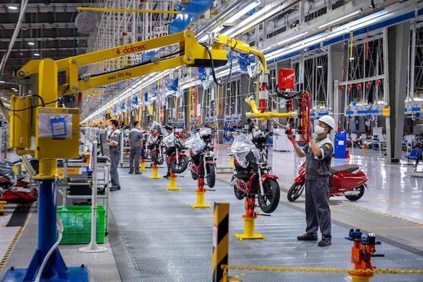 Báo tài chính Mỹ viết về xe máy điện VinFast -2
