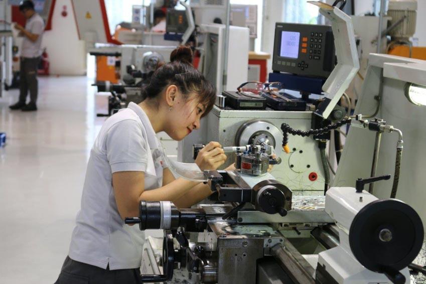 Đào tạo nghề song hành: Xu hướng chọn ngành mới của giới trẻ Việt -2