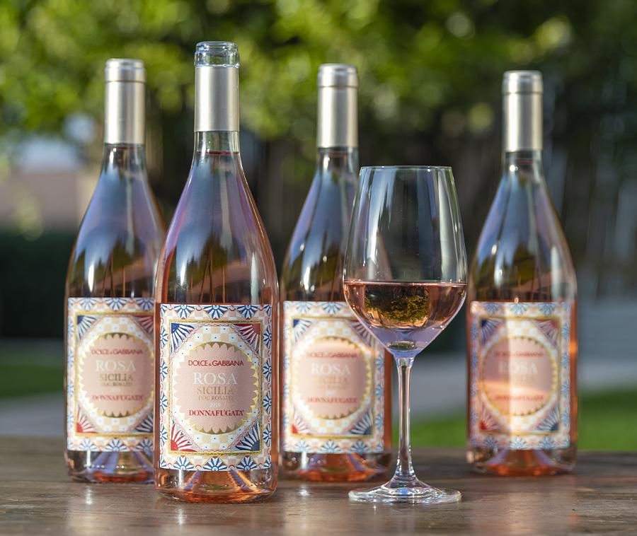 Rượu vang hồng Rosa vùng Sicilian mang tên Dolce & Gabbana - 1