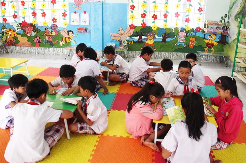 Tạo thói quen đọc cho trẻ em càng sớm càng tốt - 2