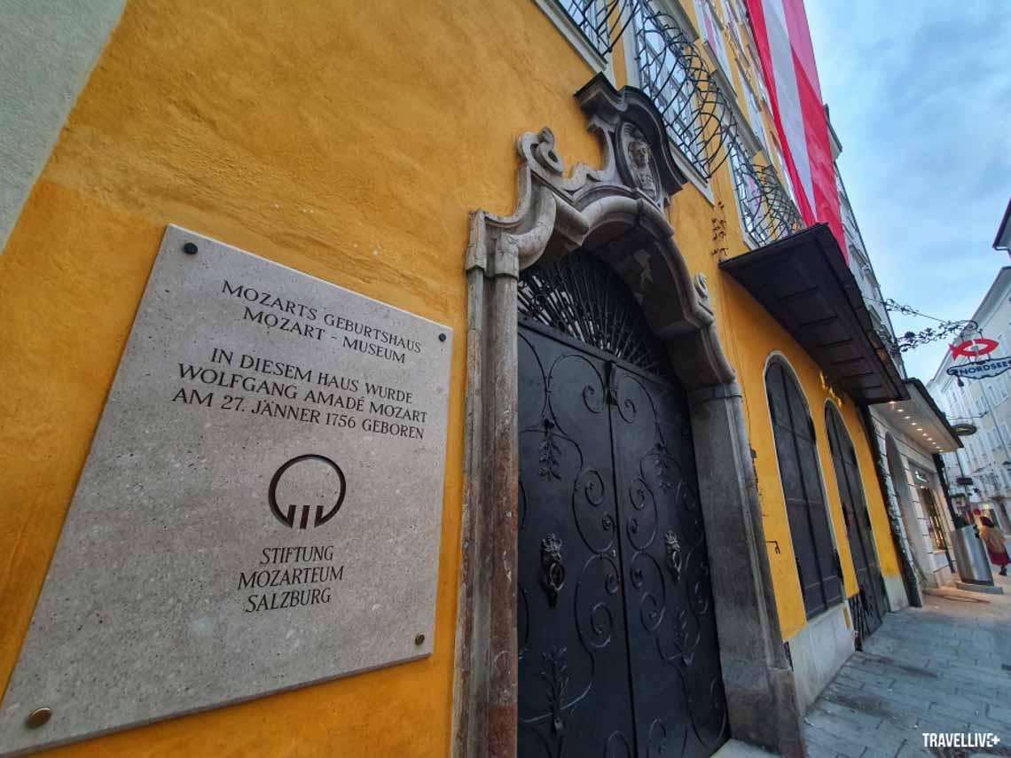 Thăm nhà lưu niệmnhạc sĩ thiên tài Mozart -2