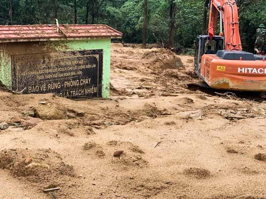 Từ lũ lụt lịch sử ở miền Trung: Thuỷ điện nhỏ và những vấn đề cần nhìn lại -2