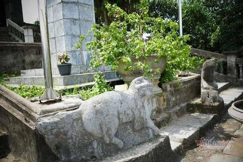 Chuyện chưa kể về nhà thờ hơn 100 tuổi nằm trên mỏm núi hình con rùa -9