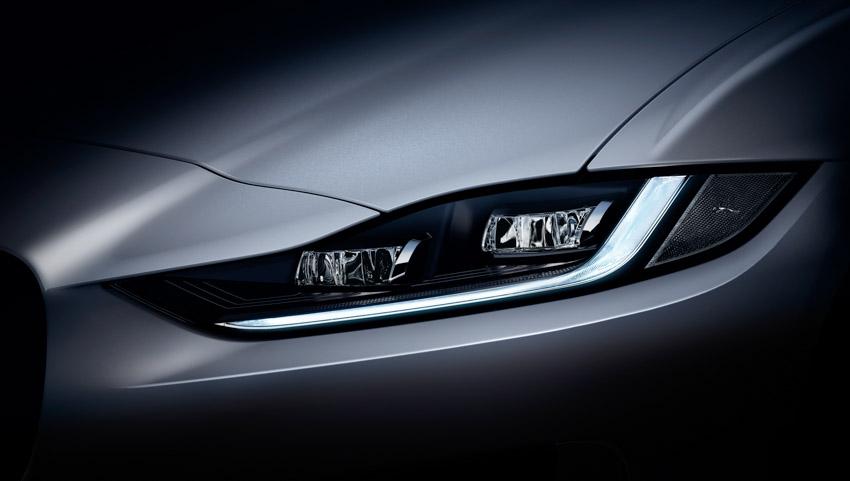 Jaguar XE: cập nhật các công nghệ được kết nối mới và công suất lai điện - 16
