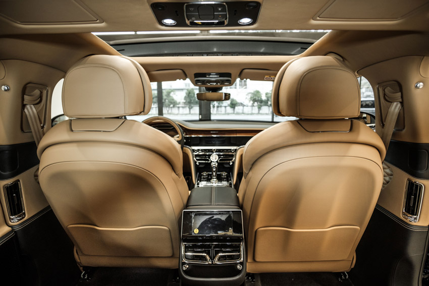 Bentley Flying Spur 2020 hoàn toàn mới, phong cách limousine bốn cửa đầu tiên tại Việt Nam-23