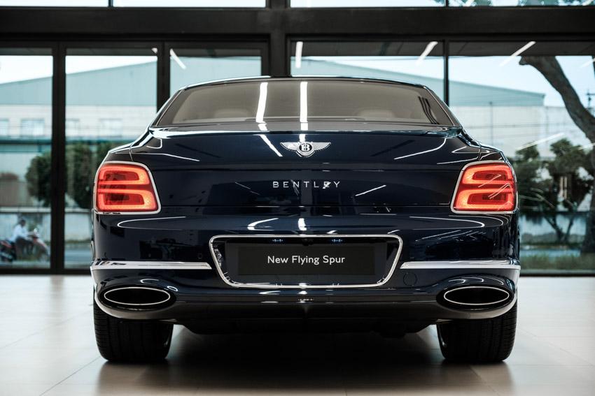 Bentley Flying Spur 2020 hoàn toàn mới, phong cách limousine bốn cửa đầu tiên tại Việt Nam - 4