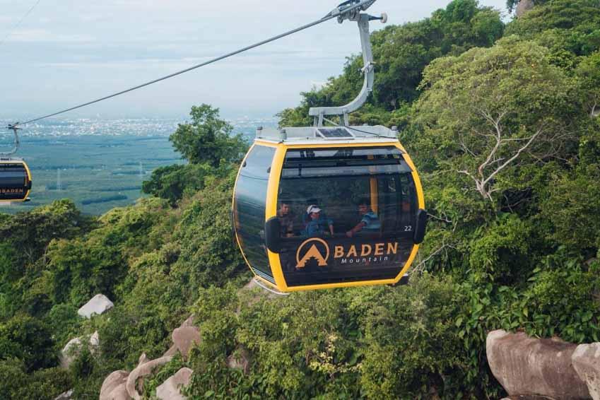 Hé lộ lý do du khách nô nức đổ về Núi Bà Tây Ninh mùa trăng 2020 -9
