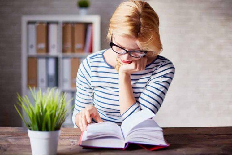 Hiểu tính cách qua thói quen đọc sách và khi ngủ -1