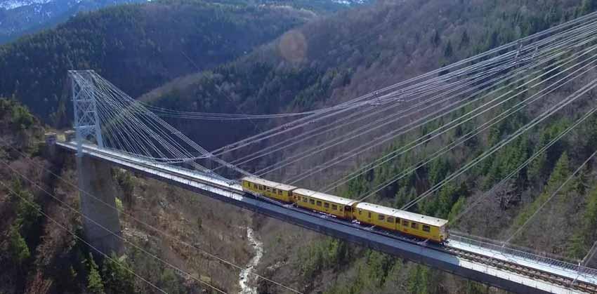 Cầu đường sắt, kỳ quan thế giới trên cao -3