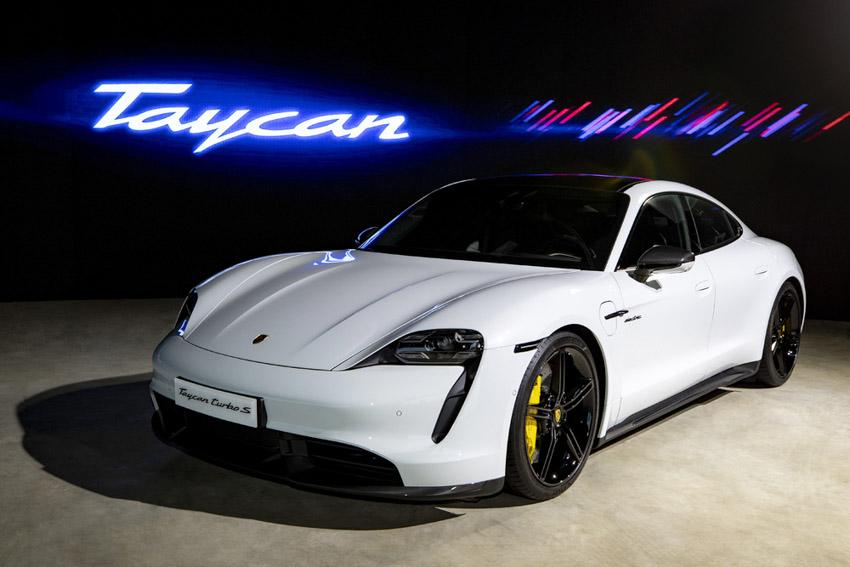 Porsche Việt Nam chính thức giới thiệu xe thể thao thuần điện Taycan - 6