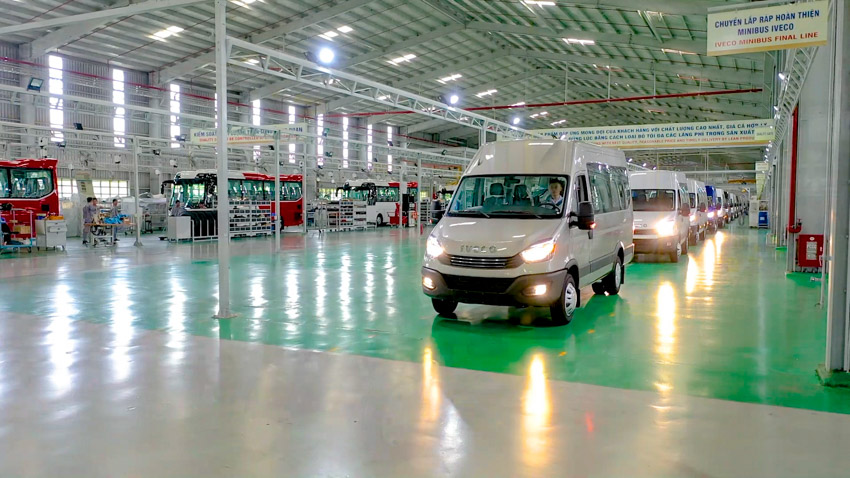 THACO giới thiệu dây chuyền sản xuất và ra mắt Mini Bus Iveco Daily - 3