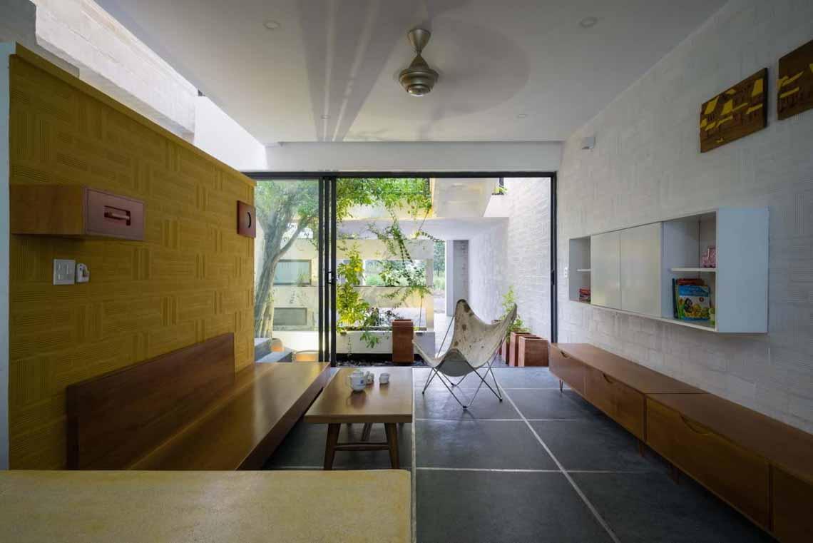 Ngôi nhà hòa quyện kiến trúc Hà Nội và Tây Nam Bộ -1