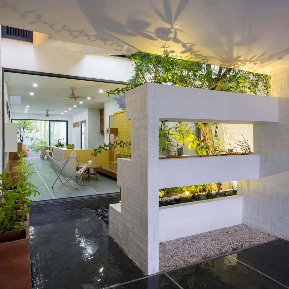 Ngôi nhà hòa quyện kiến trúc Hà Nội và Tây Nam Bộ -3