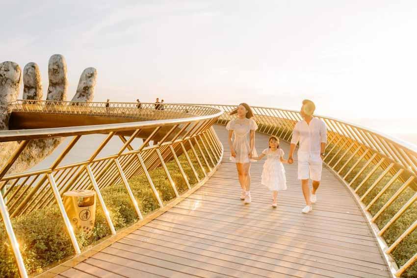 Cầu Vàng – 'Đại sứ' đưa du lịch Việt Nam ra thế giới -2