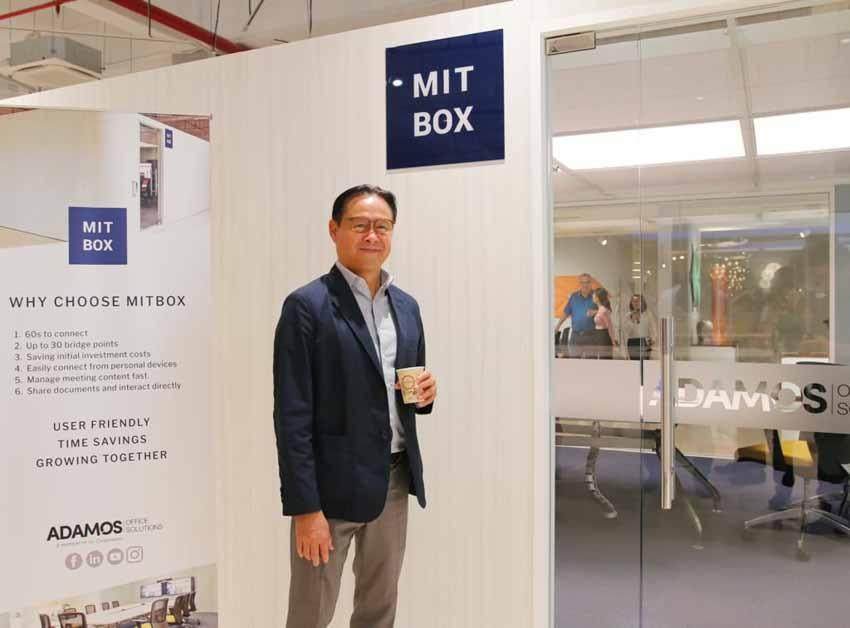Mở showroom đầu tiên, ADAMOS đồng thời ra mắt phòng họp trực tuyến MITBOX -4