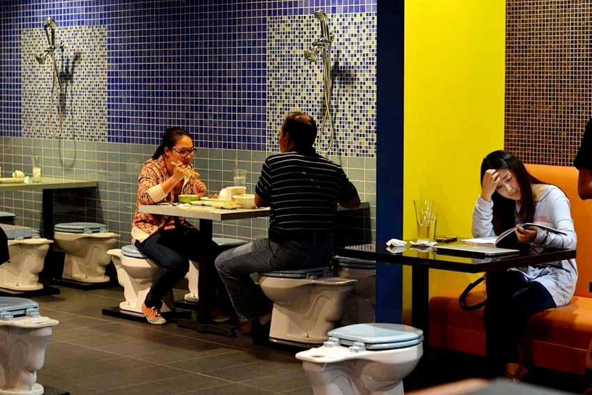 Những nhà hàng kỳ quặc khó tin -20