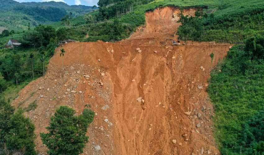Nguyên Ngọc: Đất chảy -4