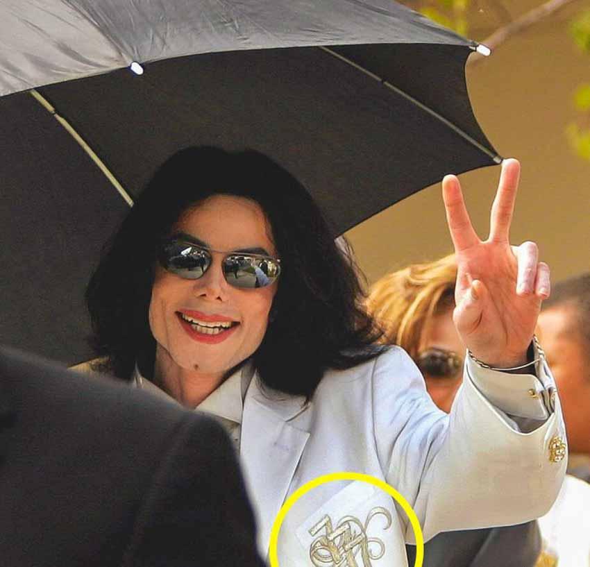 Tại sao Michael Jackson chỉ đeo một găng ở bàn tay phải? -5