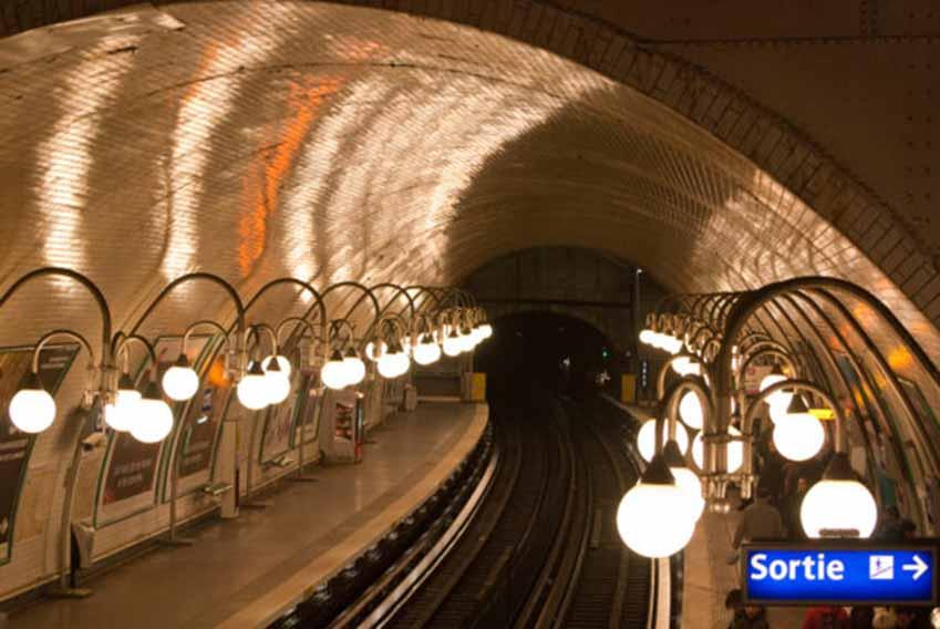 Metro Paris và những trạm dừng rất ấn tượng -4