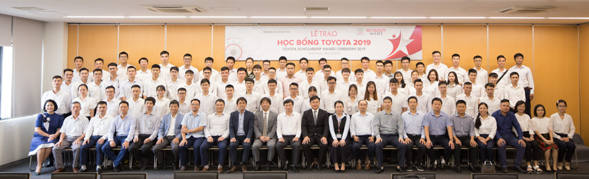Toyota trao tặng 200 suất học bổng hỗ trợ sinh viên chuyên ngành kỹ thuật và âm nhạc - 5