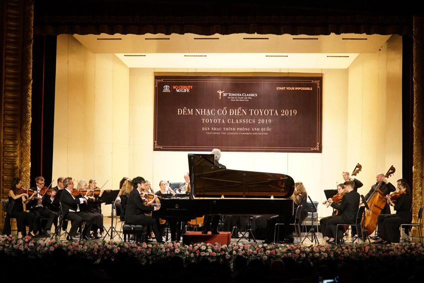 Toyota trao tặng 200 suất học bổng hỗ trợ sinh viên chuyên ngành kỹ thuật và âm nhạc-2