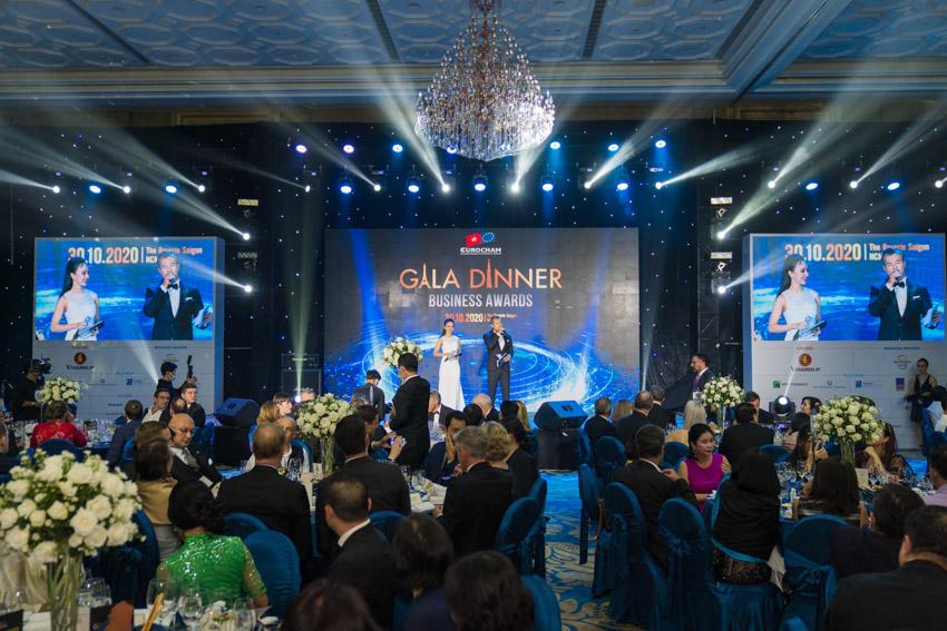 Các doanh nghiệp châu Âu cùng kỷ niệm một năm 2020 thành công - 1
