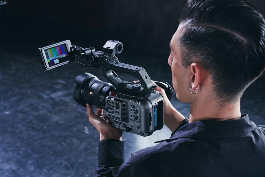 Sony ra mắt FX6 – Camera gọn nhẹ với cảm biến Full-frame-7