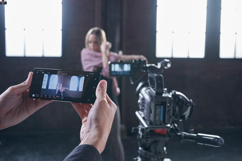 Sony ra mắt FX6 – Camera gọn nhẹ với cảm biến Full-frame-8