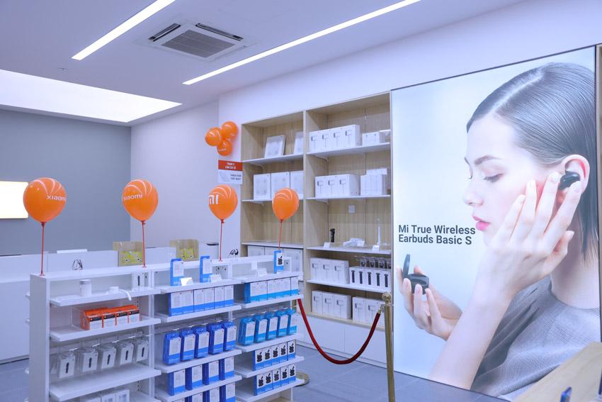 Xiaomi khai trương cửa hàng Mi Store ủy quyền tại Hà Nội-5